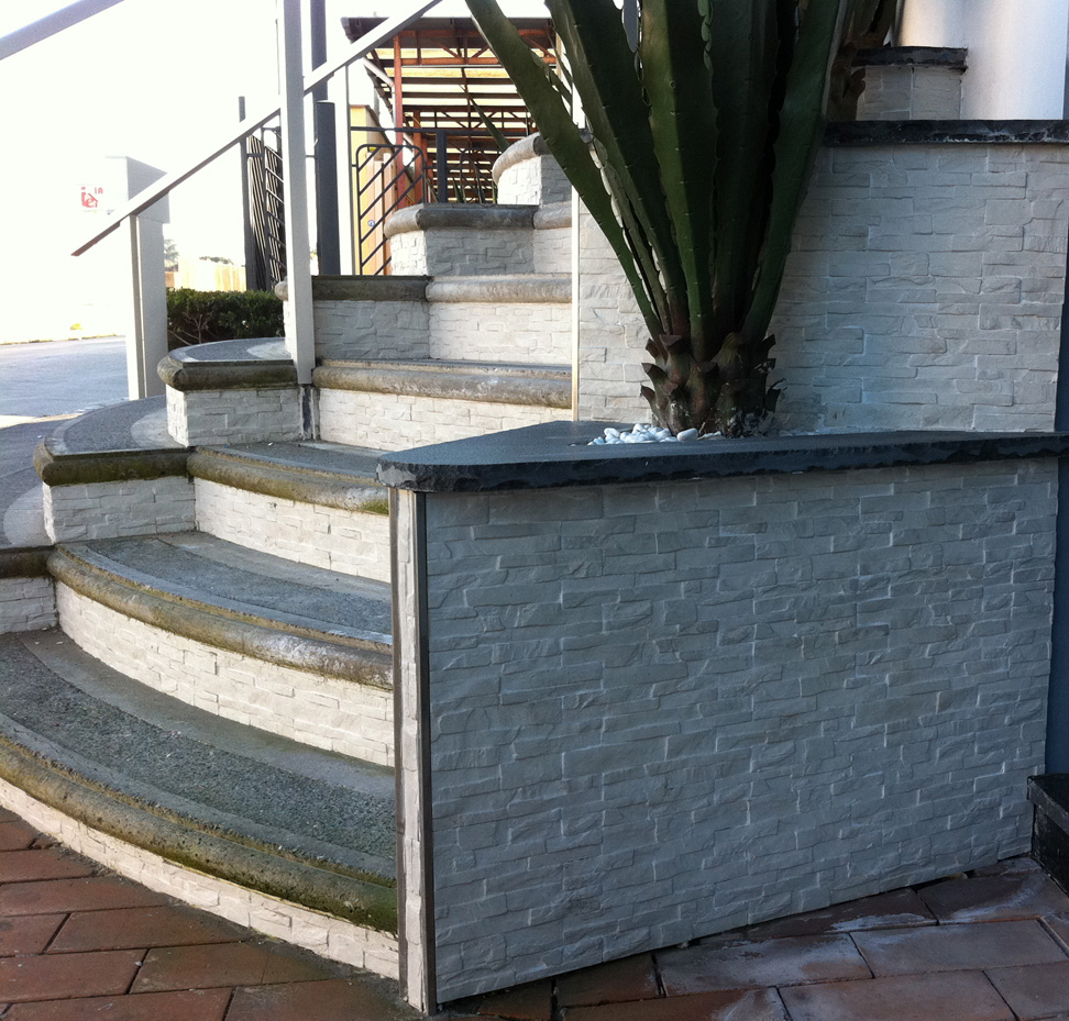 Arckstone offerta sottocosto rivestimento pietra gres for Gres porcellanato per scale interne